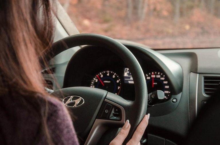 Dbaj o swoje umiejętności prowadzenia pojazdów mechanicznych.